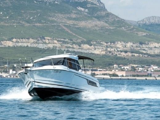 Jeanneau 795 in Split for hire