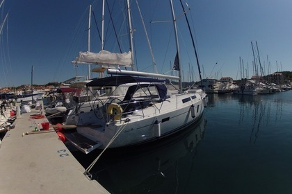 Hire Sailboat HANSE 445 Medulin
