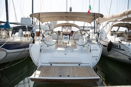 Hire Sailboat Bavaria Cruiser 46 Cagliari