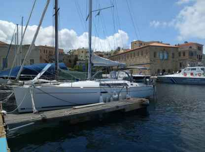 Rental Sailboat Beneteau Oceanis 37 Chania