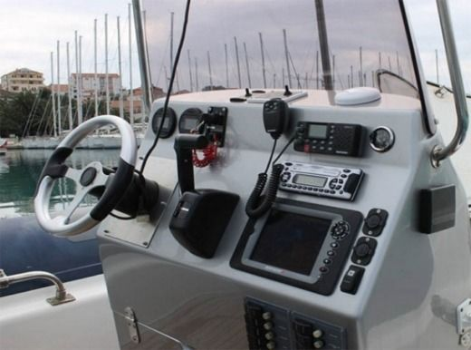 RIB Maestral 745 for hire