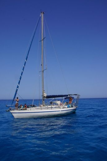 Sailboat Jouët 37 peer-to-peer