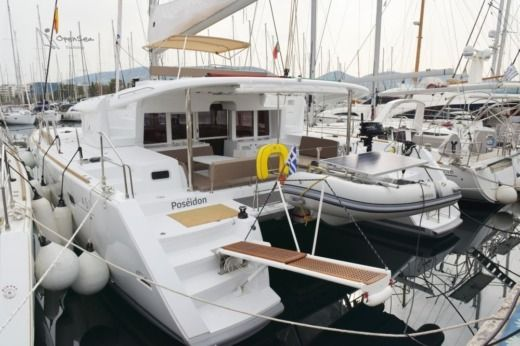 LAGOON Lagoon 450 in Alimos for hire