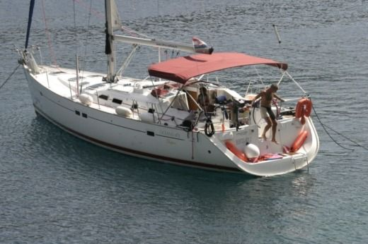 Beneteau Oceanis 473 in Malte for hire