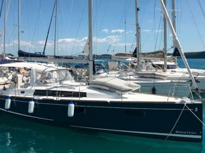 Rental Sailboat  Oceanis 38.1 Seget Donji