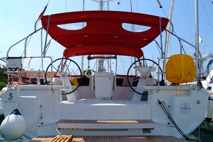 Hire Sailboat BENETEAU OCEANIS 46.1 Split
