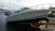 Motorboat Jeanneau 2004 for hire