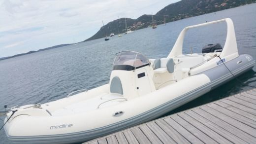 Zodiac Medline Iii in Porto-Vecchio peer-to-peer