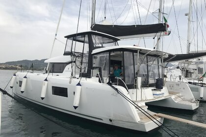 Hire Catamaran LAGOON 42 Portisco
