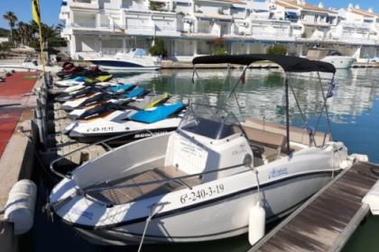 Hire Motorboat Estable 400 15 cv 4 metros Oropesa del Mar