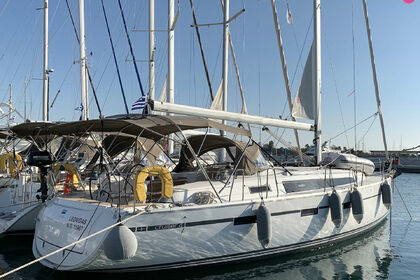 Charter Sailboat BAVARIA CRUISER 41 Laurium