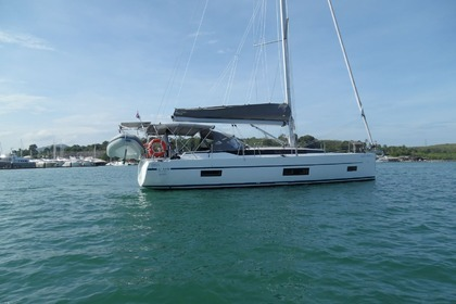 Rental Sailboat Bavaria C45 Phuket