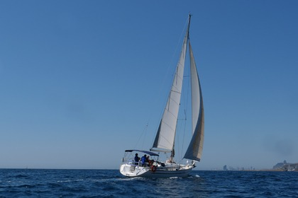 Hire Sailboat Bavaria Bavaria 44 Badalona