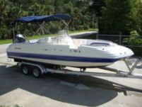 Hurricane Deck Boat Fd231 in St. Petersburg for rental