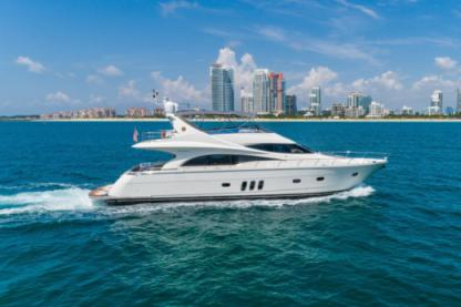 Rental Motorboat Marquis 690 Fort Lauderdale