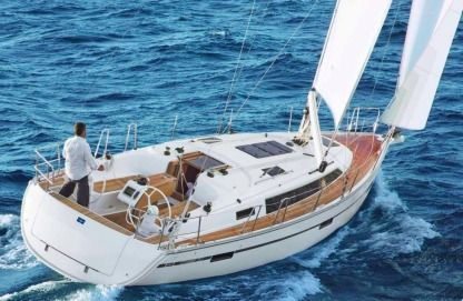 Charter Sailboat Bavaria 37 Cruiser Split