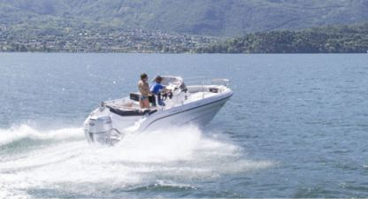 Charter Motorboat Ranieri Voyager 21S Opena Line Domaso
