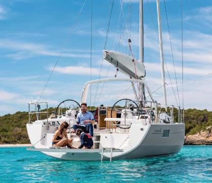 Charter Sailboat Beneteau Oceanis 41.1 Lavrion