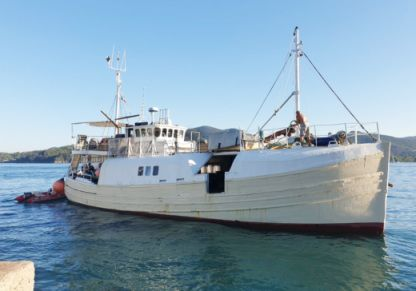 Charter Motorboat Forbes, Sandhaven Ex. Mfv Antibes
