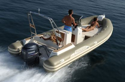 Location Semi-rigide Capelli Tempest 625 Ibiza