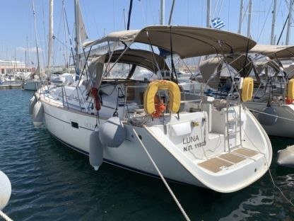 Charter Sailboat Beneteau Oceanis 423 Lavrion