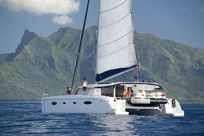Rental Catamaran FOUNTAINE PAJOT SALINA 48 Pape'ete