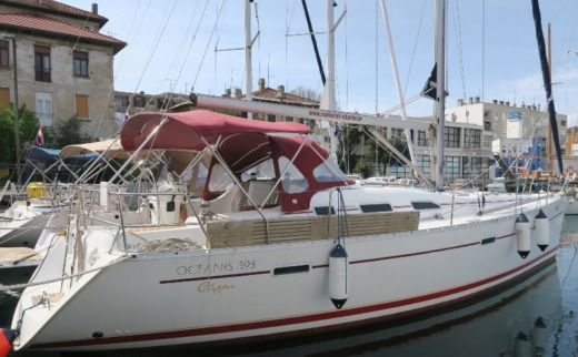 Sailboat Beneteau Oceanis 39.3 Clipper for rental