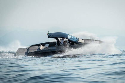 Hire Motorboat SACS Rebel 40 Juan les Pins