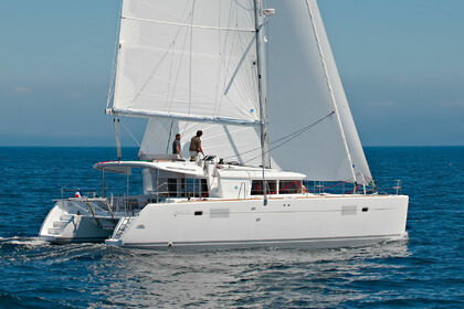Rental Catamaran LAGOON 450 with watermaker & A/C - PLUS Fajardo