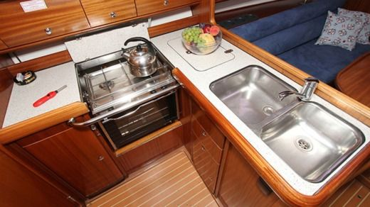 Sailboat Bavaria Bavaria 36 for hire