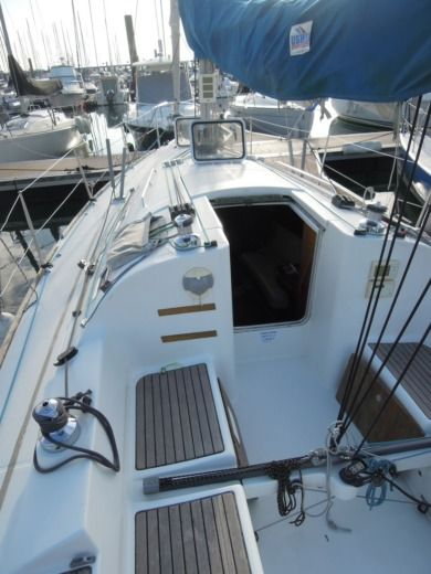 BENETEAU FIRST 31.7 in La Trinité-sur-Mer for hire