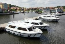 Crown Cruisers Cirrus A Or B in Portiragnes zu vermieten
