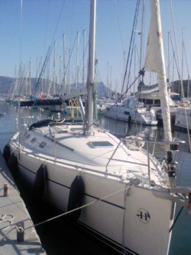 Ponçin Harmony 38 in Marseille for hire
