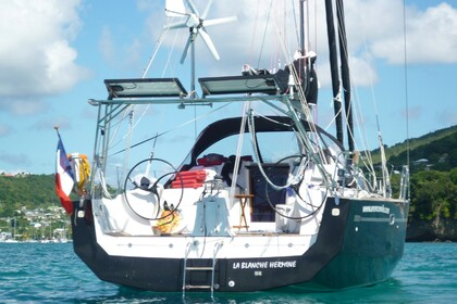 Rental Sailboat FORA MARINE RM 13.50 Martinique