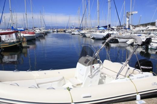 RIB NUOVA OLLY Freedom 590 for hire
