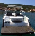 Motorboat Four Winns Sl 262 for hire