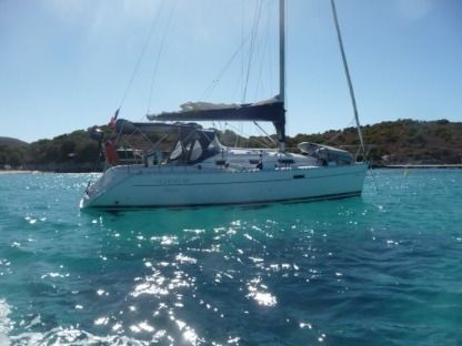 Rental Sailboat Beneteau Oceanis 311 Beaulieu-sur-Mer