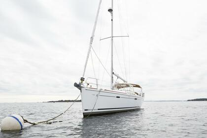 Hire Sailboat BENETEAU OCÉANIS Manchester-by-the-Sea