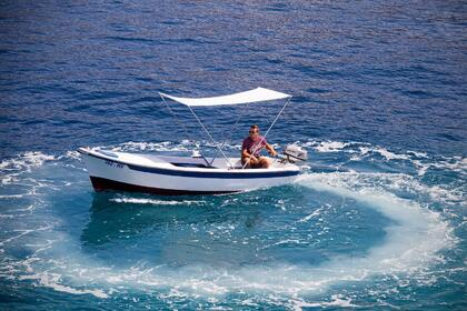 Hire Motorboat Pasara 8hp Hvar