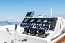 Charter Motorboat Vercil Craft 26 Pireas