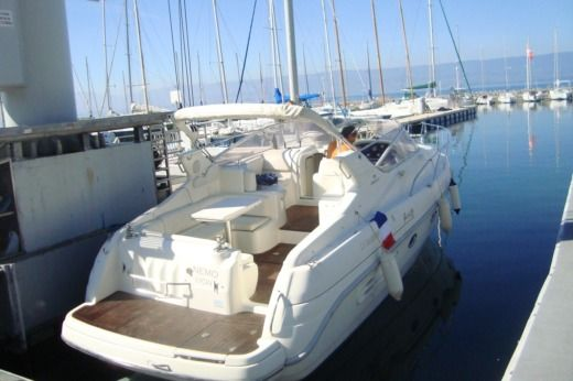 Cranchi Giada 30 in Yvoire for hire