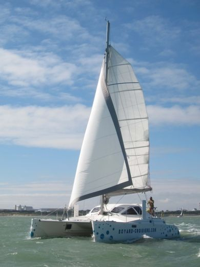 Catamarán Catana 381