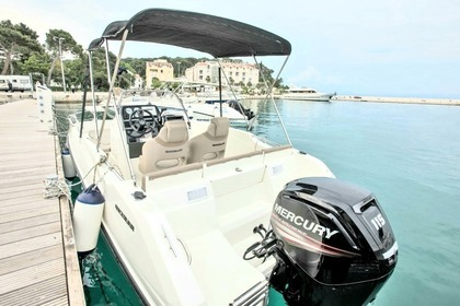 Rental Motorboat Quicksilver Activ 555 Open Marseille