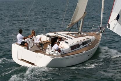 Charter Sailboat Dufour 375 Gl Marseille
