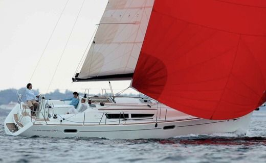 Sailboat Jeanneau Sun Odyssey 39I peer-to-peer
