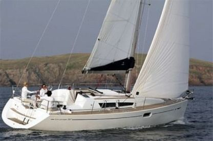 Rental Sailboat Jeanneau 36I Dado Cannigione