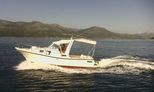 DELFINO Paguro 6.2 - Diesel in Dubrovnik for hire