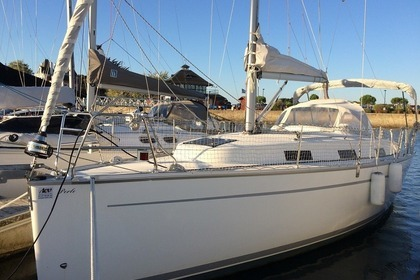 Location Voilier BAVARIA 32 Cruiser Lorient