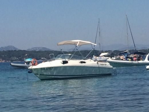 Motorboat Jeanneau Leader 705 for rental