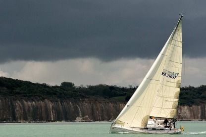 Rental Sailboat Bavaria Match 35 Dieppe